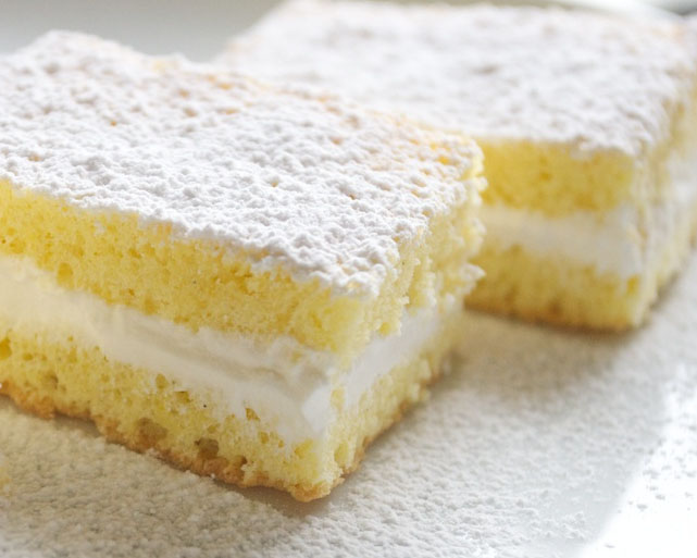Torta Paradiso Con Crema Di Latte Vini Atzeni Cannonau